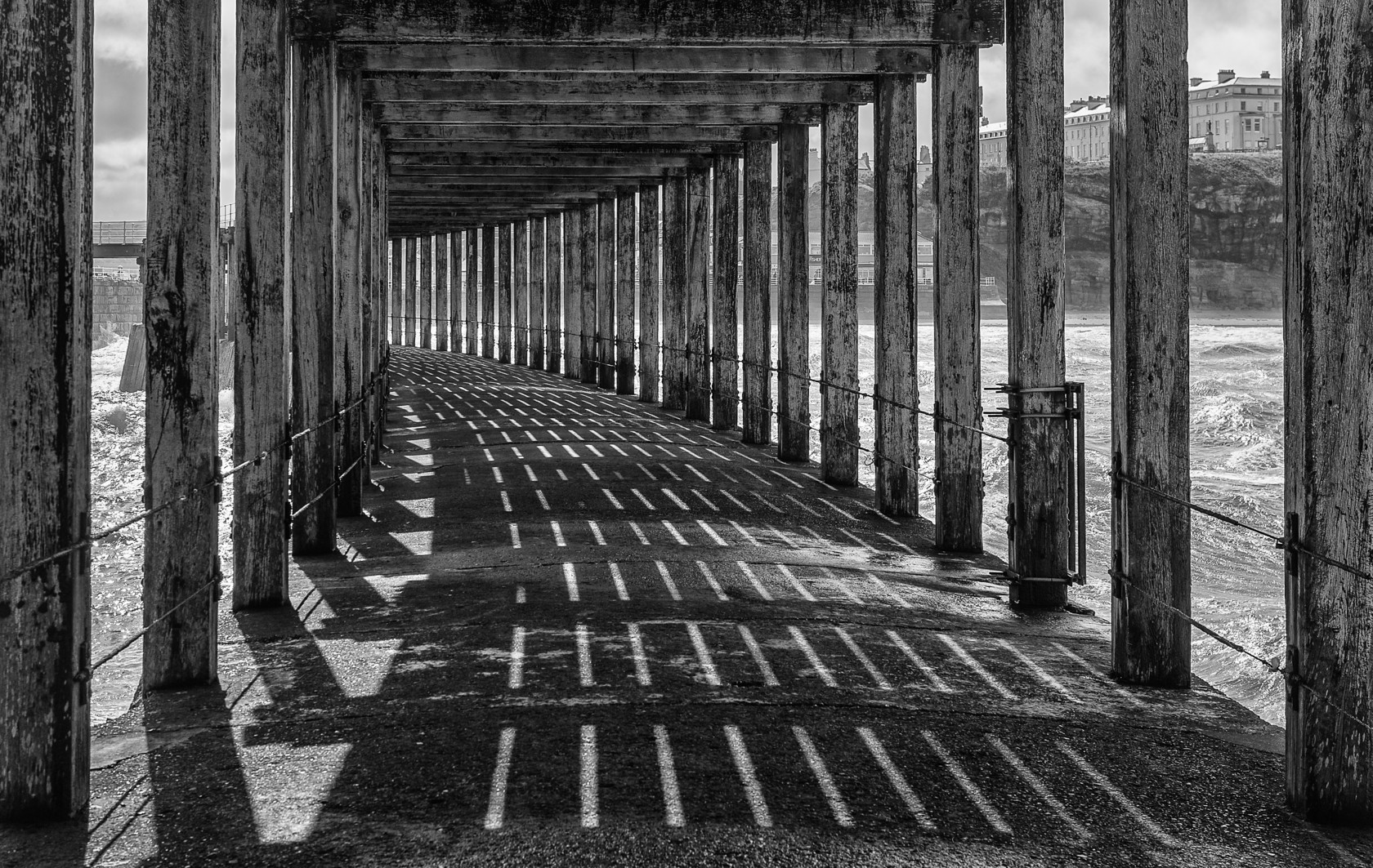 under the pier, whitby (ref yo 382)
