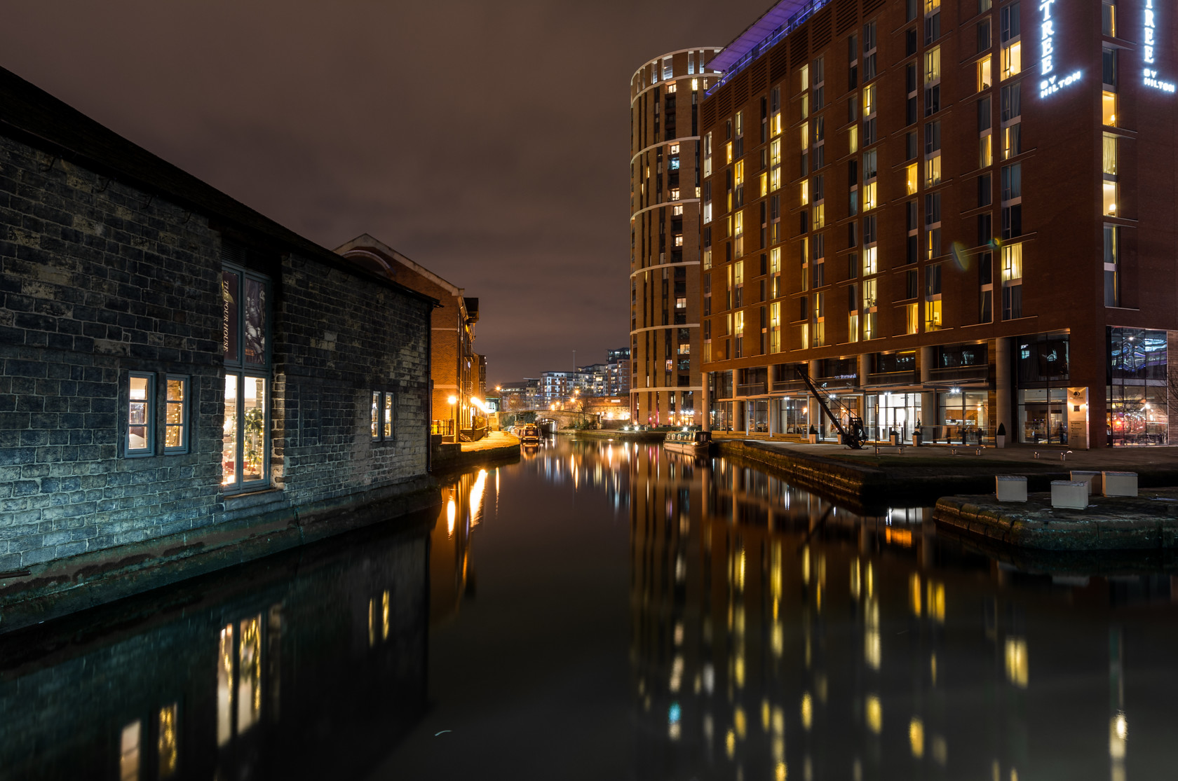 leeds waterfront (ref can 39) 